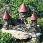 Сказочные мини замки - украшение территории  загородного  дома