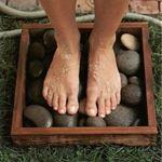 Помыть ноги на даче