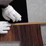 Установка переходного профиля между ламинатом и плиткой или других напольных покрытий
