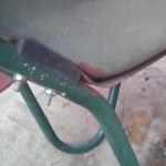 Переделка садовой тачки в строительную