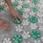 Делаем дорожку из пластиковых бутылок