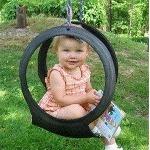 Качели из покрышки колеса
