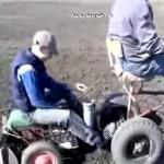 Сажаем картошку мини трактором с оператором