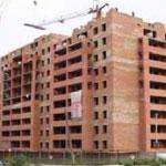 Совет Министров обещает в 2013 году каждой многодетной семье по трехкомнатной квартире
