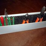 Удобное размещение инструмента в переносном ящике