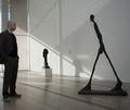Самую дорогую скульптуру приобрела владелица самого дорогого дома