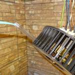 Смазываем электродвигатель кухонной вытяжки