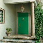 Как выбрать входную дверь недорогую и надёжную?